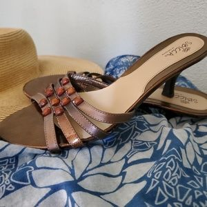 Sbicca Shoes - 🤩Sbicca of California Kitten Heel Sandles Size 10
